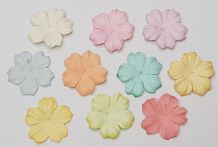 100 x 2.5 cm PESTEL COLOUR DAISIES Petals Mulberry Paper Flowers